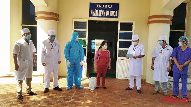 Bệnh viện công bố điều trị khỏi bệnh COVID-19 và cho bệnh nhân thứ 787 xuất viện