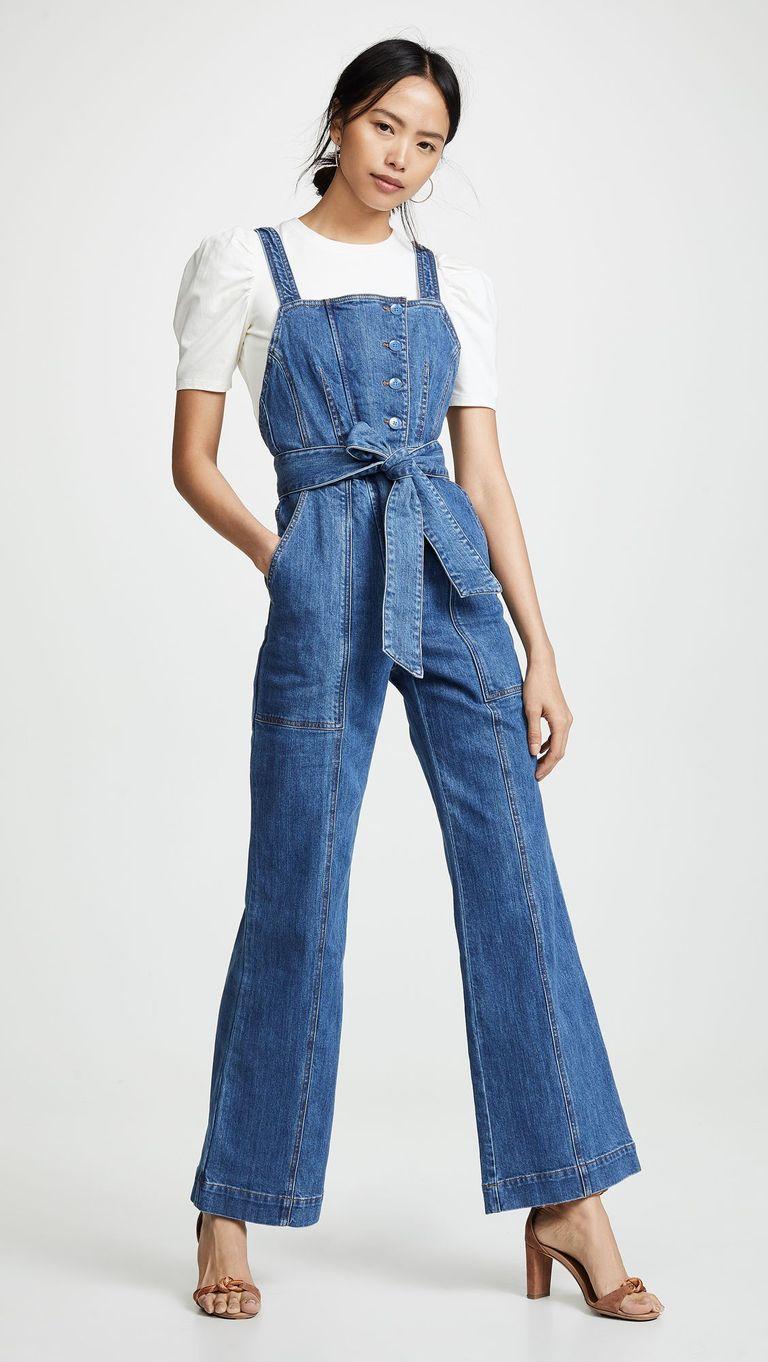 Cùng kiểu với chiếc quần của Katie Holmes, nếu bạn muốn lịch sự và thanh lịch một chút, hay phối cùng chiếc áo ơ mi ngắn tay