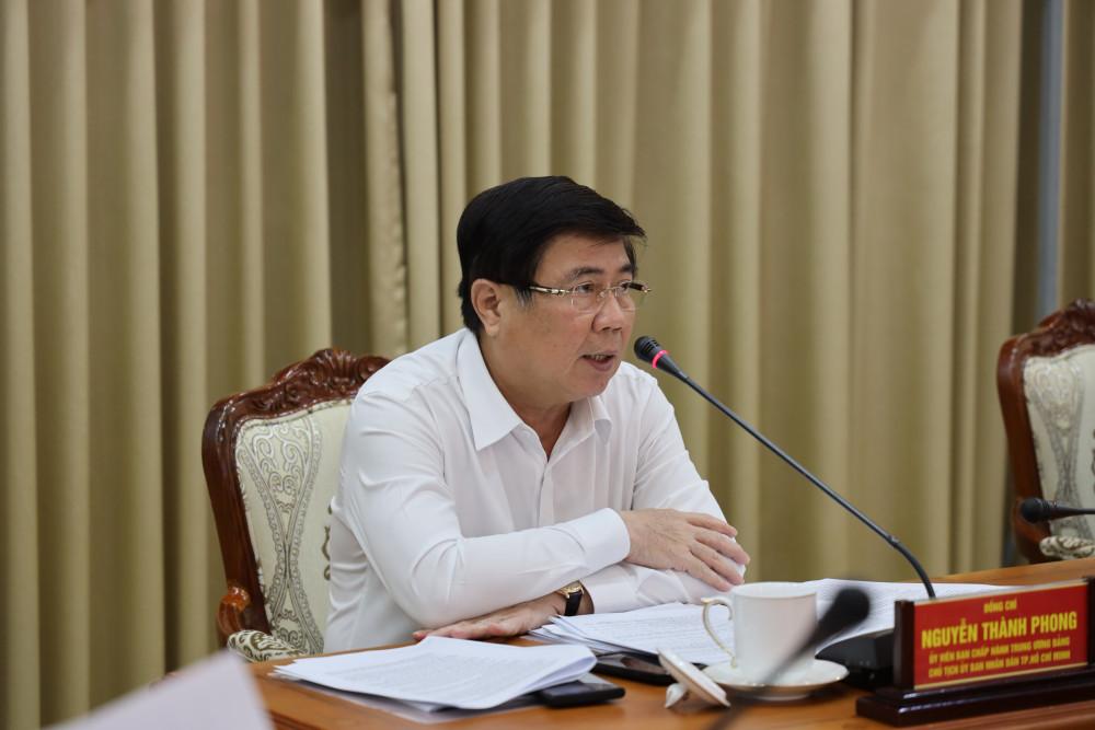 Ông Nguyễn Thành Phong - Chủ tịch UBND TP.HCM tại cuộc họp về giải ngân vốn đầu tư công và thu ngân sách chiều 26/8/2020.
