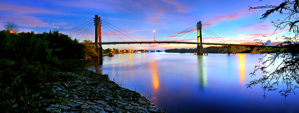 Cầu Vàm Sát bắc ngang sông Lòng Tàu qua xã Lý Nhơn, Cần Giờ, ảnh Quốc Thanh