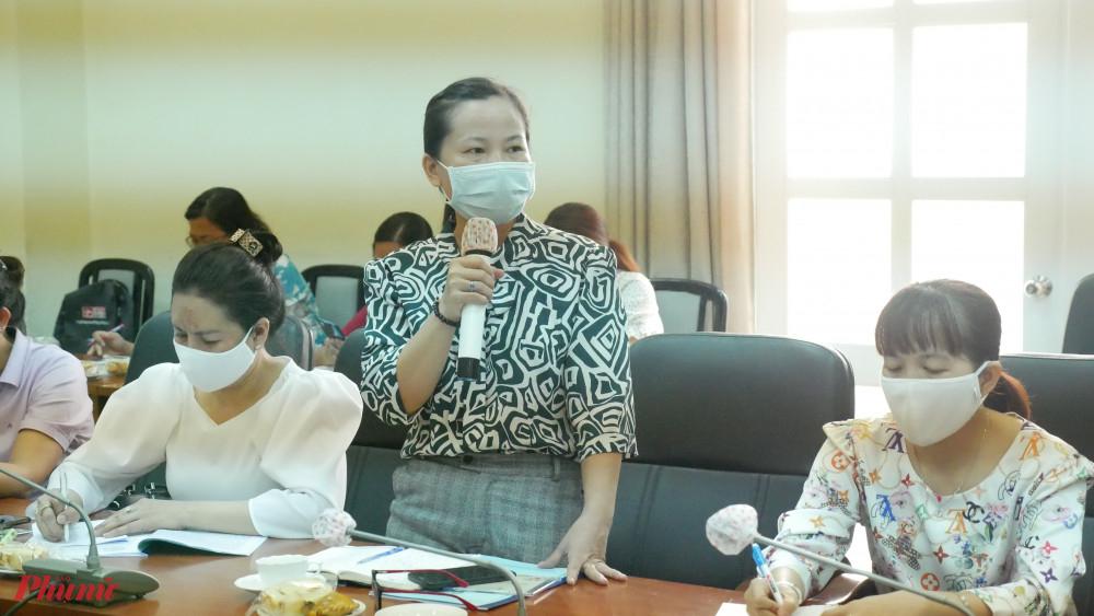 Hội LHPN quận Tân Phú cho rằng tiếp tục nâng chất, cập nhật tài liệu tuyên truyền