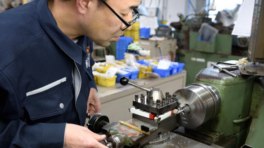 Nhật Bản mạnh tay tài trợ cho các doanh nghiệp rời khỏi Trung Quốc - Ảnh: Al Jazeera
