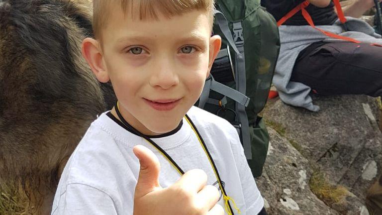 Caeden Thomson đã lên đến đỉnh Ben Nevis hôm 29/8 - Ảnh : Sky News
