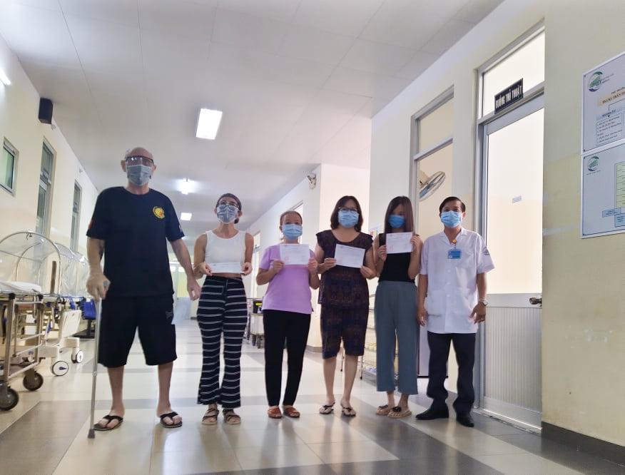 ̀ Những bệnh nhân khỏi bệnh, được xuất viện