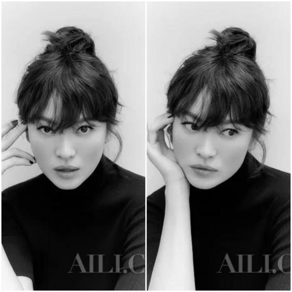 Khác với xu hướng mái thưa thịnh hành, Song Hye Kyo có phần tóc mái dày với độ xoăn tự nhiên tạo cho nữ diễn viên vẻ ngoài phóng khoáng, mặn mà. Tuy nhiên, kiểu tóc này chỉ phù hợp với những bạn có khuôn mặt dài, trái xoan… , đồng thời khi cắt các bạn nên duy trì độ dài mái phủ qua phần lông mày giúp phái đẹp toát lên vẻ đẹp nữ tính, kiều diễm.