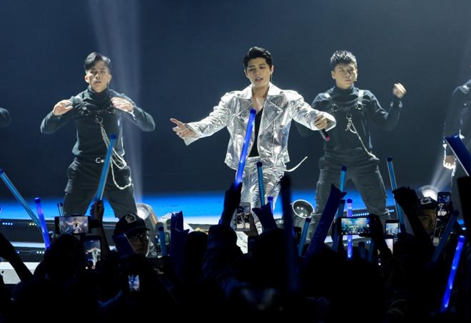 Phía ca sĩ Noo Phước Thịnh cũng thích hợp tác nhiều bên vì việc phân phối độc quyền có thể gây khó cho nghệ sĩ