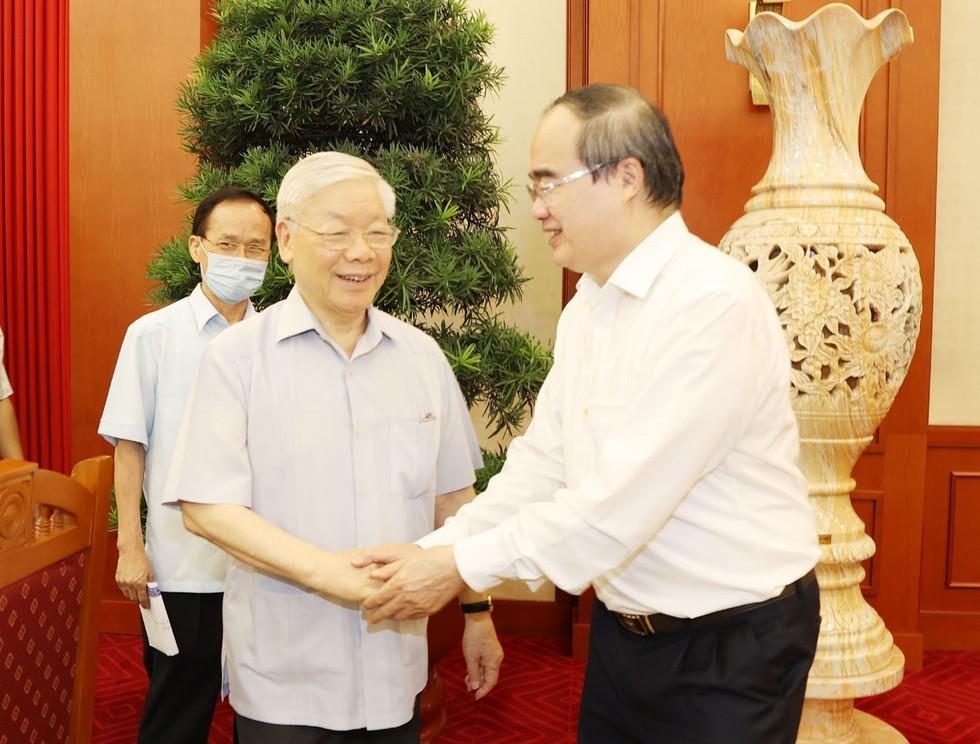 Tổng bí thư, Chủ tịch nước Nguyễn Phú Trọng và Bí thư Thành ủy TP.HCM Nguyễn Thiện Nhân tại buổi làm việc