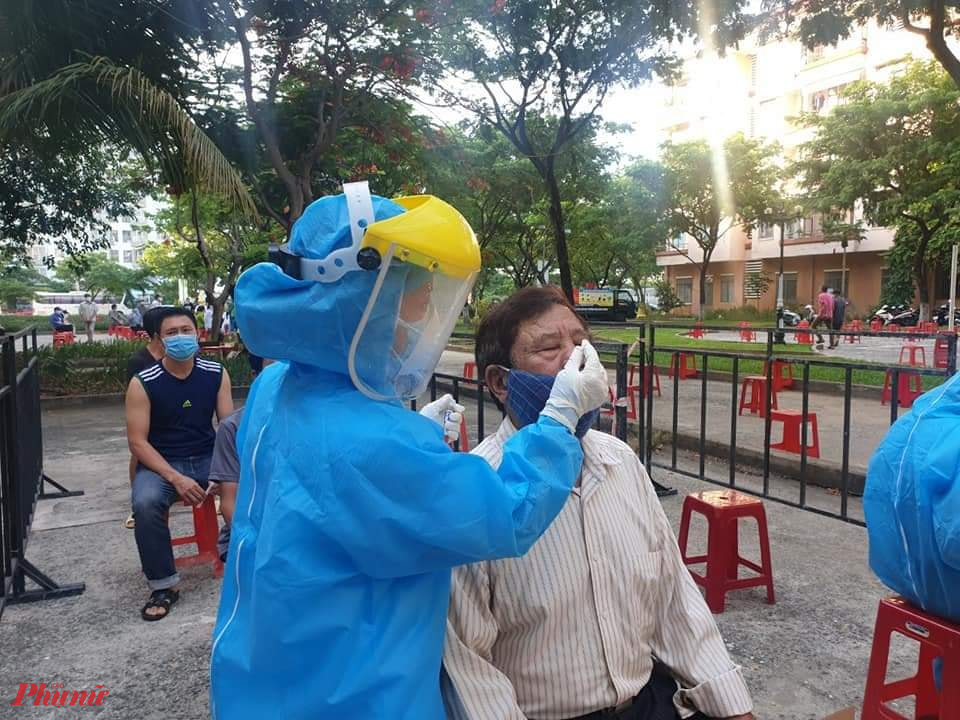 10.346 trường hợp đại diện cho hộ gia đình ở Đà Nẵng được lấy mẫu có kết quả âm tính