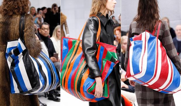Một thiết kế khác của Balenciaga (trái) với những đường kẻ sọc bị mang ra so sánh với túi nhựa đựng đồ.