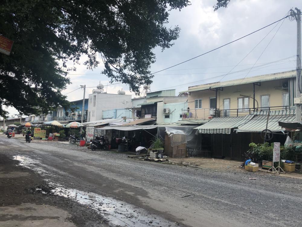Những căn nhà riêng lẻ thuộc dự án Hương Dừa cũ xây trái phép bán cho người dân