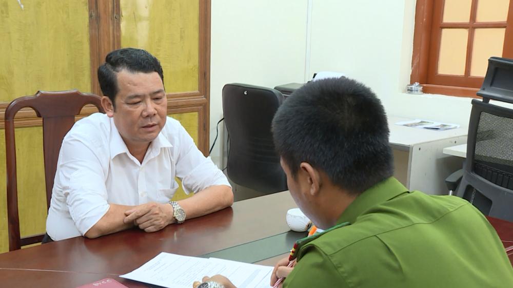 Ông Nguyễn Văn Sướng làm việc tại cơ quan điều tra ngày 5/9.