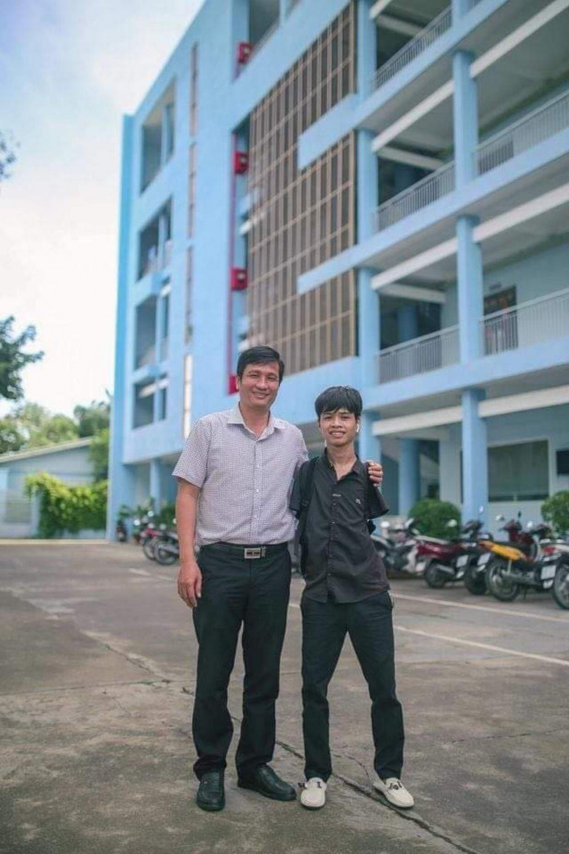 Tân sinh viên Hồ Hữu Hạnh ở Trường ĐH Lạc Hồng