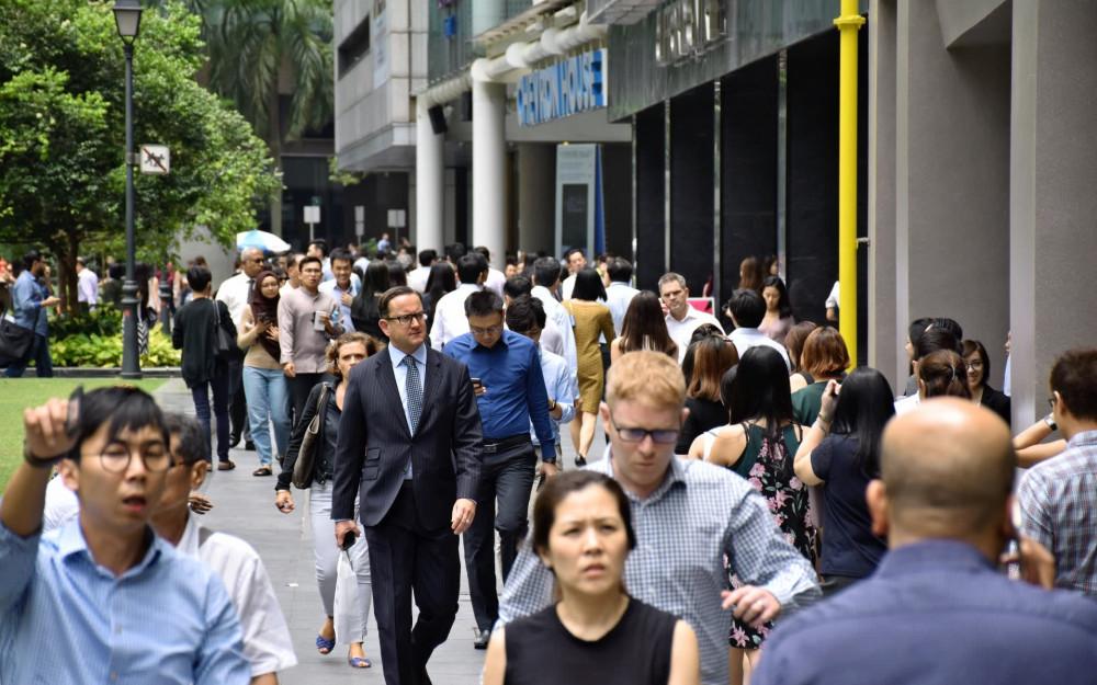 Singapore đang chủ trương ưu tiên tuyển dụng công dân Singapore khiến lao động nước ngoài gặp nhiều khó khăn