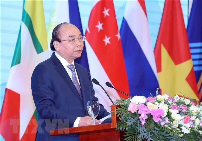 Thủ tướng Nguyễn Xuân Phúc, Chủ tịch ASEAN 2020, phát biểu. (Ảnh: Thống Nhất/TTXVN)