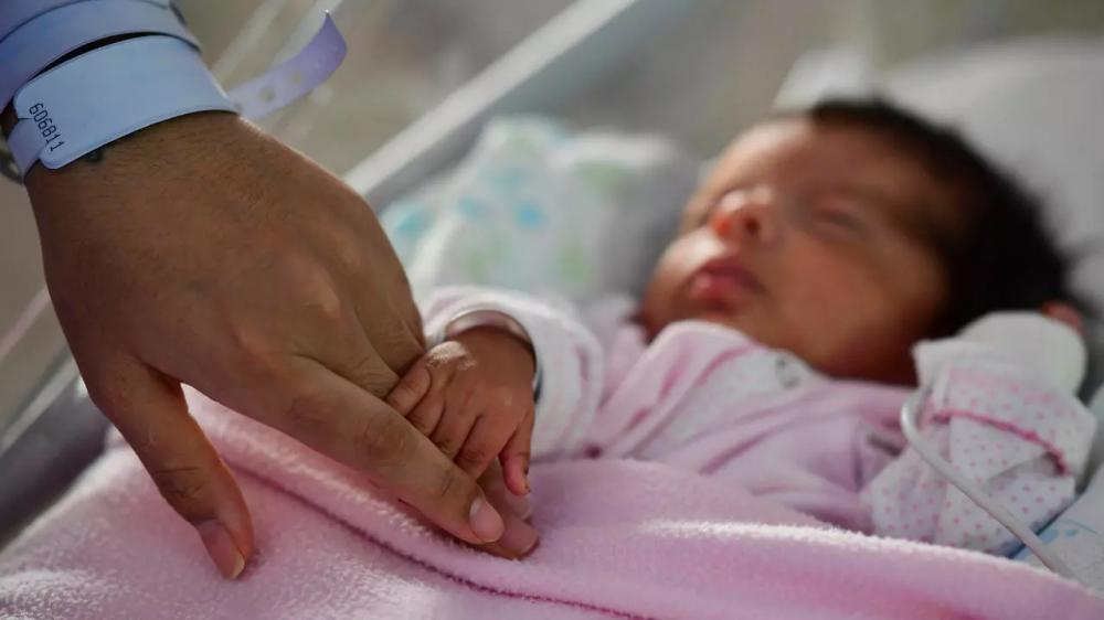 Một báo cáo của Liên Hợp Quốc mới công bố cho biết đại dịch COVID-19 có thể đảo ngược tiến bộ nhiều thập kỷ trong việc giảm tỷ lệ tử vong ở trẻ em - Ảnh: France24
