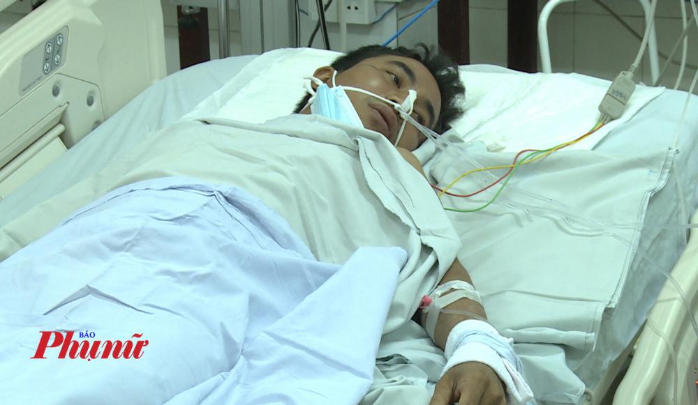 Hào lúc đang điều trị tại bệnh viện.
