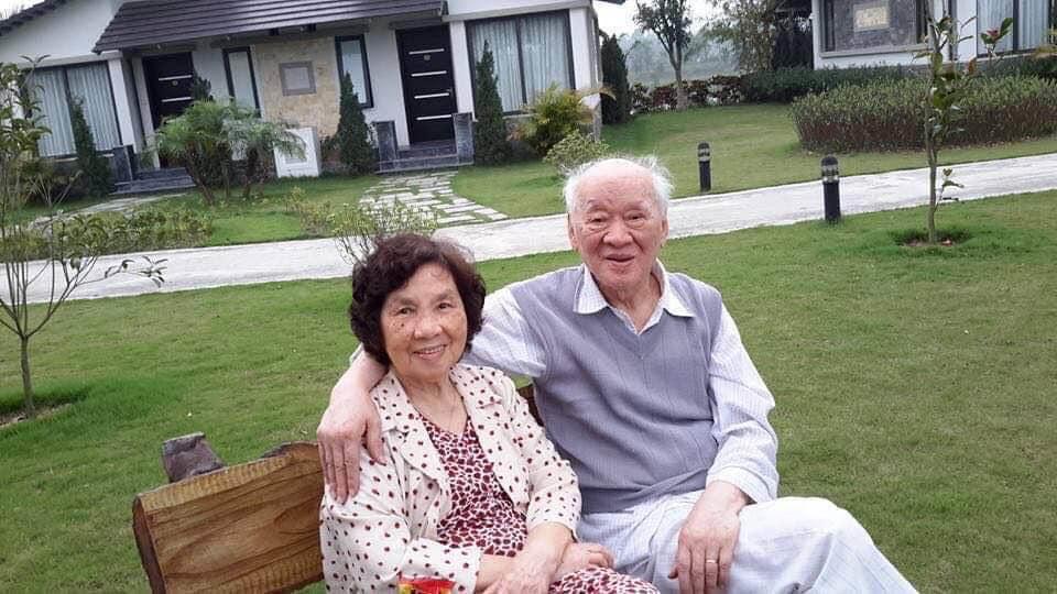 Nhà văn Vũ Tú Nam và vợ - nhà văn Thanh Hương