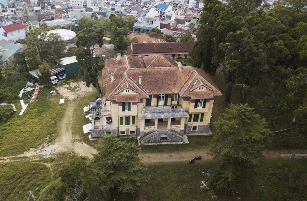 Tỉnh Lâm Đồng căn cứ vào bản đồ án quy hoạch, tiếp tục trưng bày và lấy ý kiến cho 3 phương án xây dựng khách sạn quy mô 10 tầng tại Đồi Dinh - Ảnh: internet
