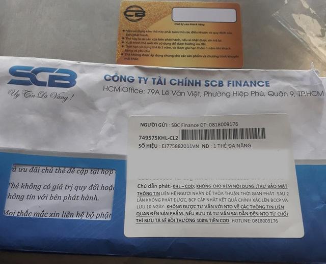 Thẻ tín dụng rác khách hàng từ ngân hàng SCB nhận được từ các đối tượng lừa đảo