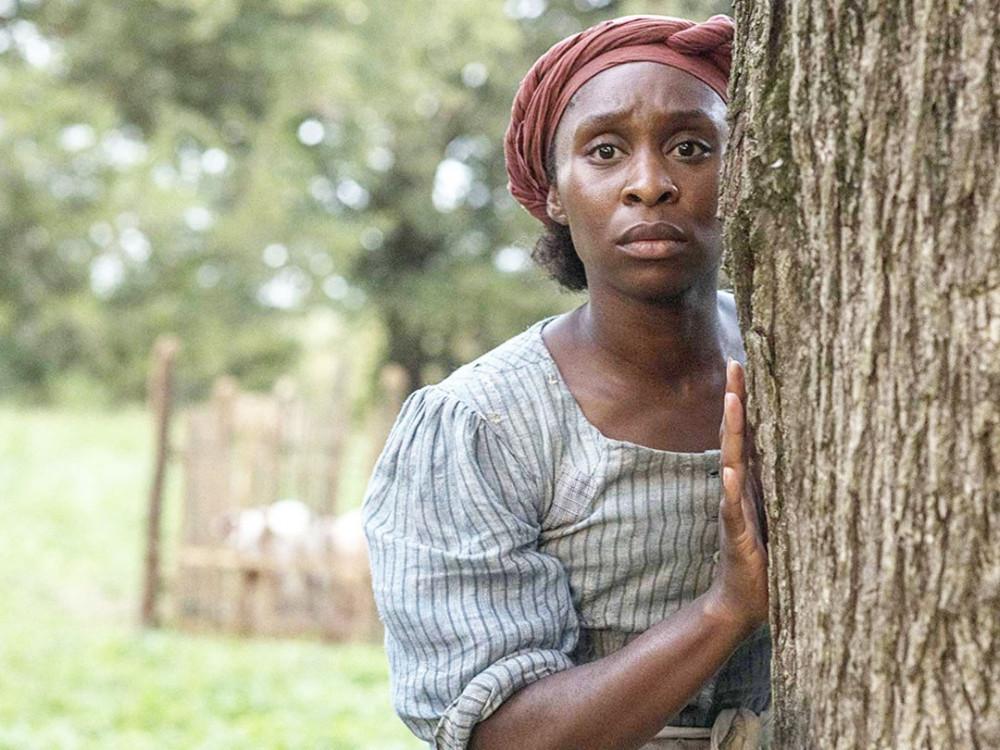 Cynthia Erivo trong phim Harriet - nữ diễn viên da màu duy nhất lọt vào danh sách đề cử Oscar lần thứ 92.