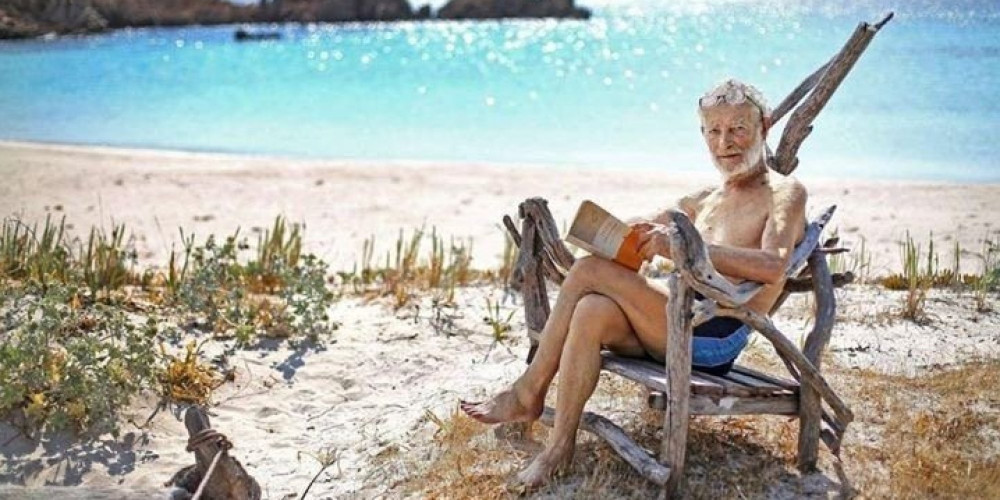 Ông Morandi tận hưởng một cuộc sống vô ưu trên hòn đảo này, và cũng không hề lo lắng gì đến đại dịch COVID-19 cả - Ảnh: