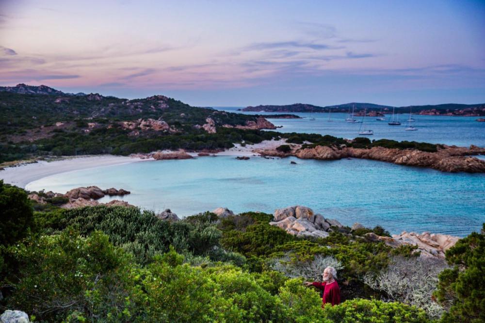 Hòn đảo này vẫn còn giữ được trọn vẹn vẻ hoang sơ vốn có từ xưa - Ảnh: Michele Ardu/National Geographic