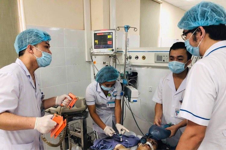 Bệnh nhân X. sốc phản vệ nặng nề sau khi điều trị dọa sảy