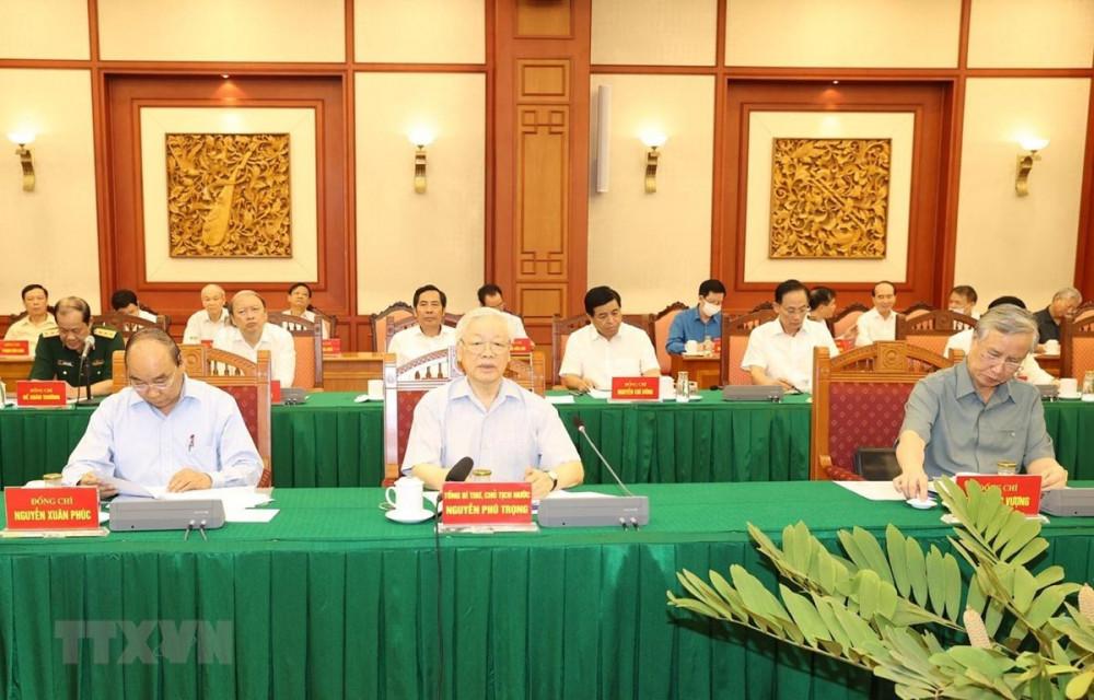 Tổng Bí thư, Chủ tịch nước Nguyễn Phú Trọng chủ trì họp Tiểu ban Văn kiện Đại hội XIII của Đảng - Ảnh: TTXVN