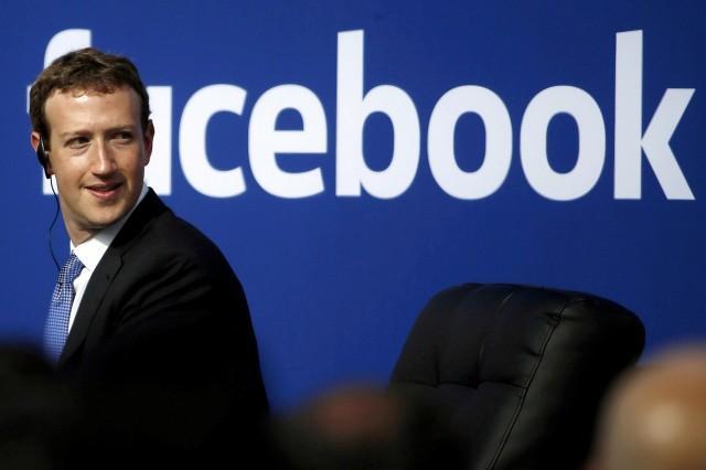 Facebook tuyên bố tham gia tuyển dụng nhân viên cho các điểm bỏ phiếu bầu thổng thống Mỹ do tình trạng thiếu hụt nhân sự tại các điểm bầu cử - Ảnh: GMA Network