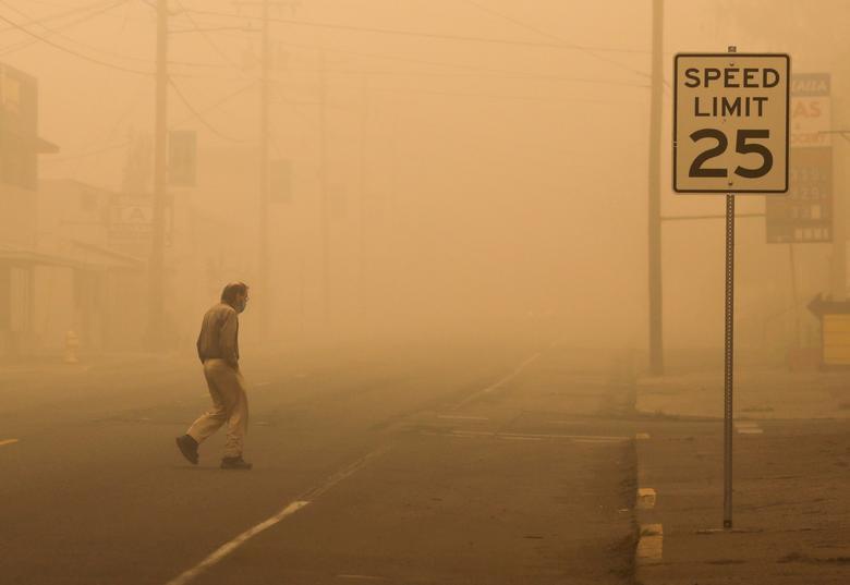 Một thị trấn có khoảng 10.000 người  ở Molalla, Oregon đã được sơ tán