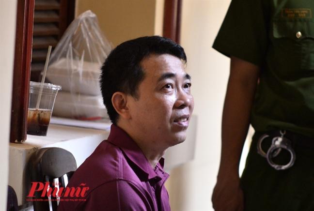 Nguyên Chủ tịch Hội đồng quản trị kiêm Tổng giám đốc Công ty VN Pharma Nguyễn Minh Hùng