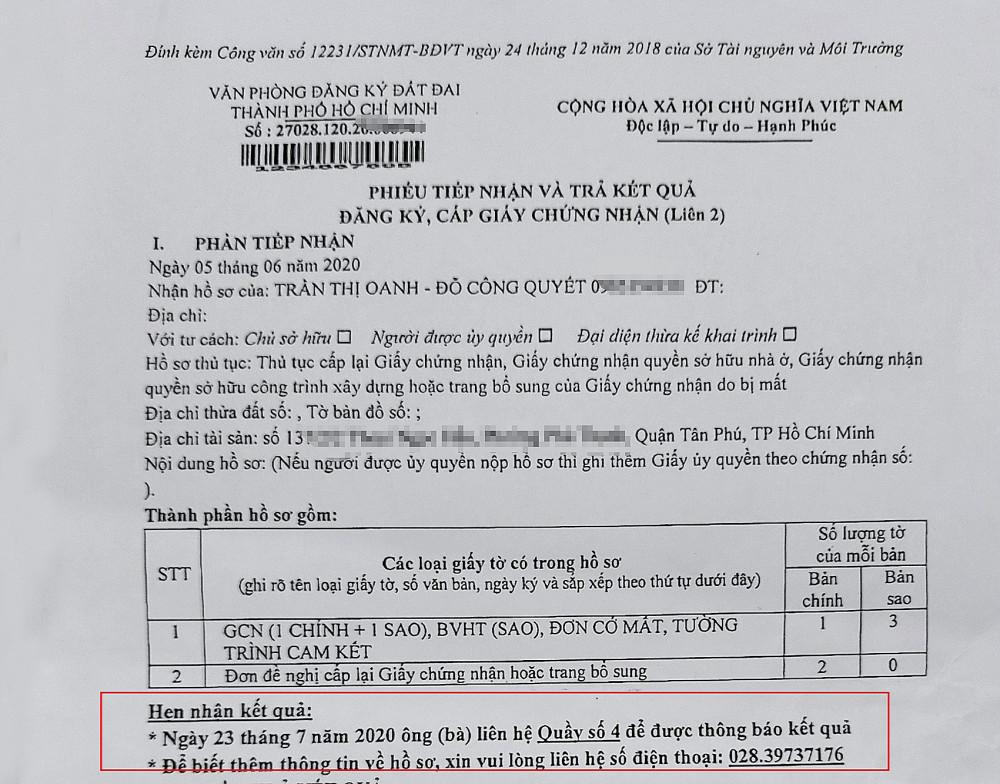 Giấy hẹn trả kết quả ghi ngày 23/7 nhưng đến ngày 15/9, cụ bà 83 tuổi vẫn chưa nhận được giấy chủ quyền