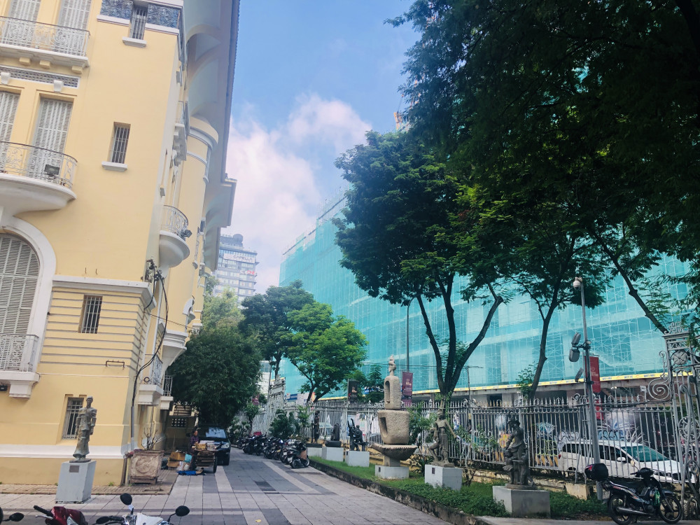 Dự án The Spirit of Saigon toạ lạc 4 mặt tiền đường Phạm Ngũ Lão – Phó Đức Chính – Lê Thị Hồng Gấm – Calmette tiếp giáp với Bảo tàng Mỹ thuật