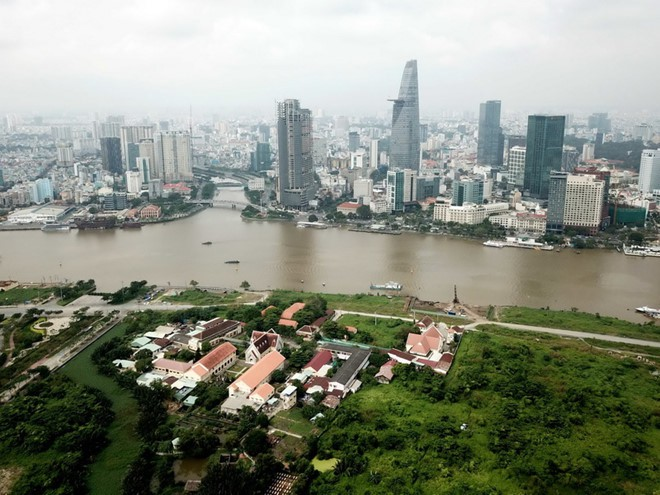 TPHCM cơ bản thống nhất phương án thiết kế cấu trúc cầu đi bộ qua sông Sài Gòn có hình dạng lá dừa nước