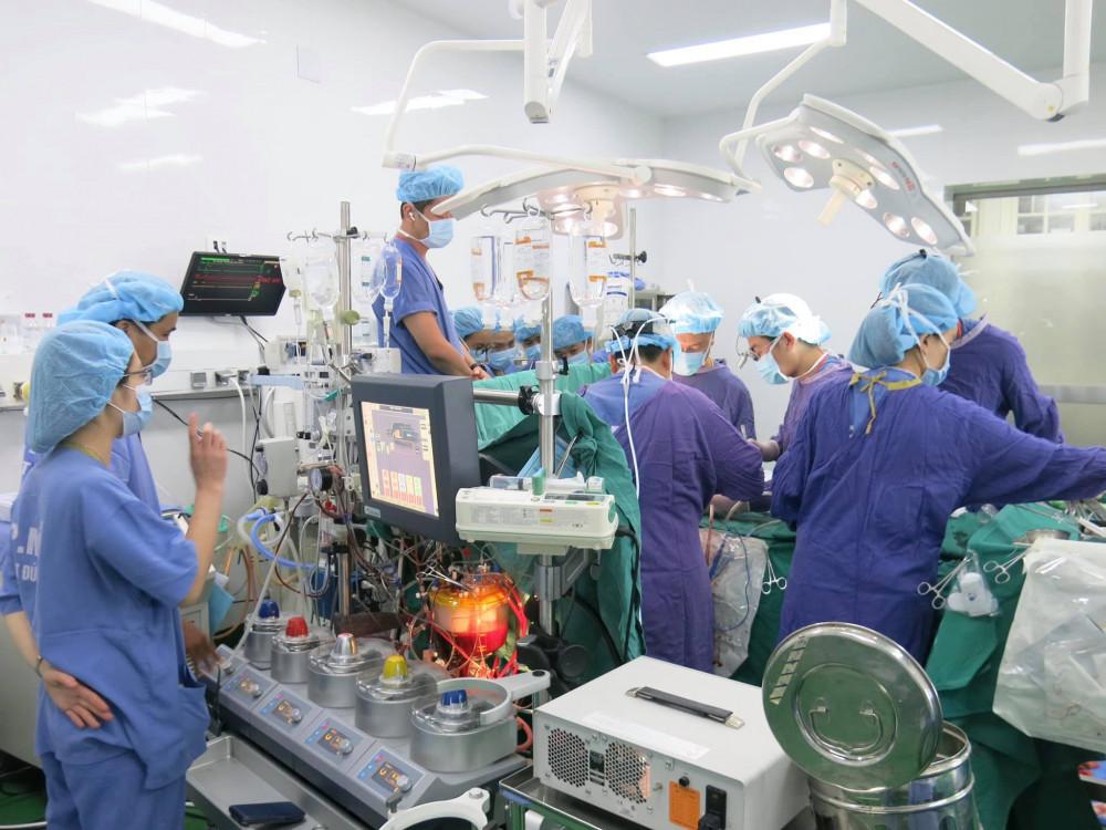 Nhiều kỷ lục về ghép tạng được Bệnh viện Hữu nghị Việt Đức xác nhận