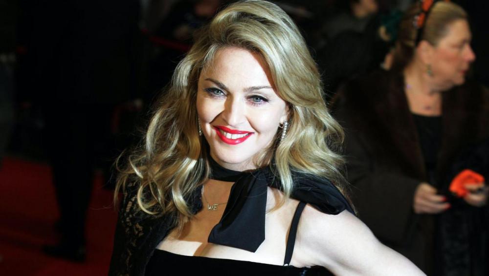 Hiện các diễn viên tham gia dự án cùng Madonna chưa được tiết lộ.