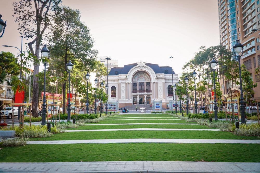 Công viên Lam Sơn hoàn thành vào cuối tháng 8/2020 góp phần thay đổi bộ mặt đô thị ở khu vực trung tâm TP.HCM - Ảnh: Tam Nguyên