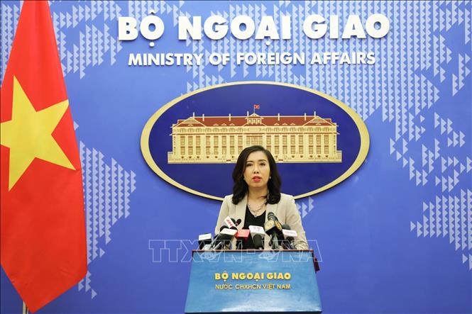 Người phát ngôn Bộ Ngoại giao Lê Thị Thu Hằng chủ trì họp báo thường kỳ tháng 9/2020. Ảnh: Lâm Khánh/TTXVN