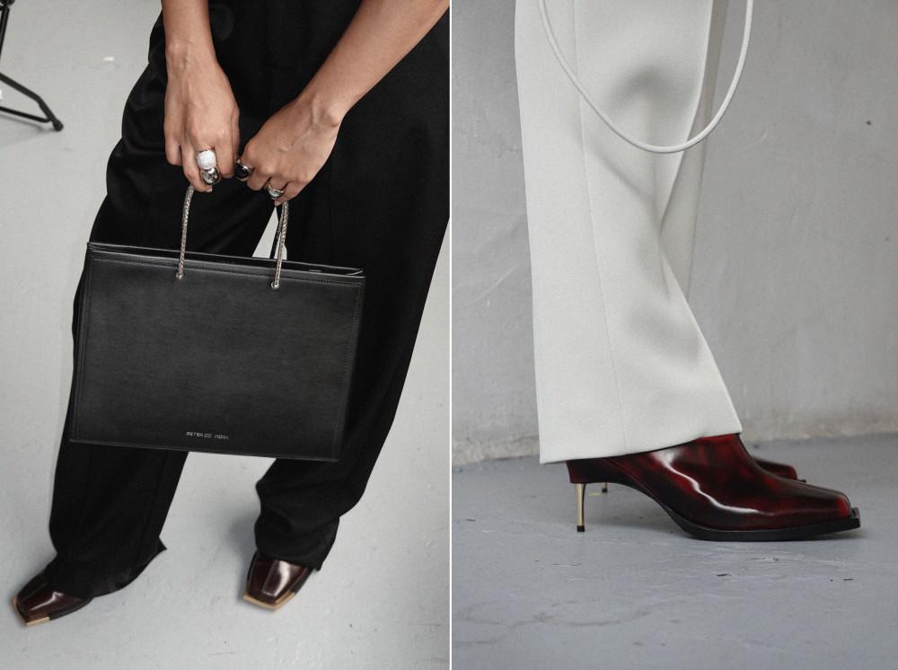 Mẫu túi và giày thanh lịch thuộc bộ sưu tập xuân/hè 2021 của Peter Do. (Ảnh: Vogue)