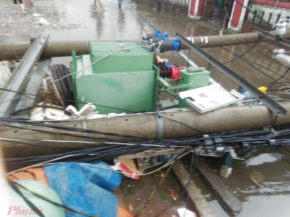 EVNCPC cho biết đang nỗ lực khắc phục hệ thống điện bị hư hỏng để cấp điện trở lại