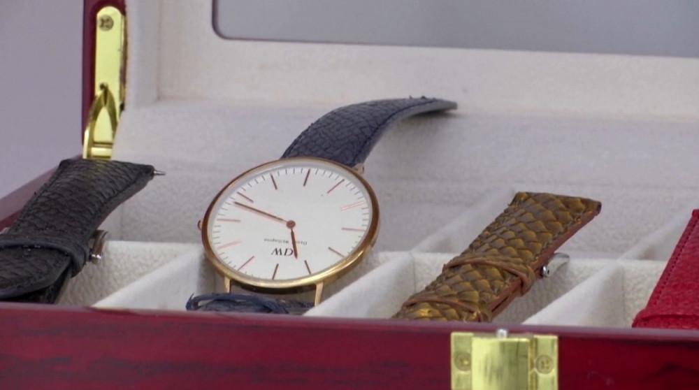 Dây đồng hồ làm từ da cá