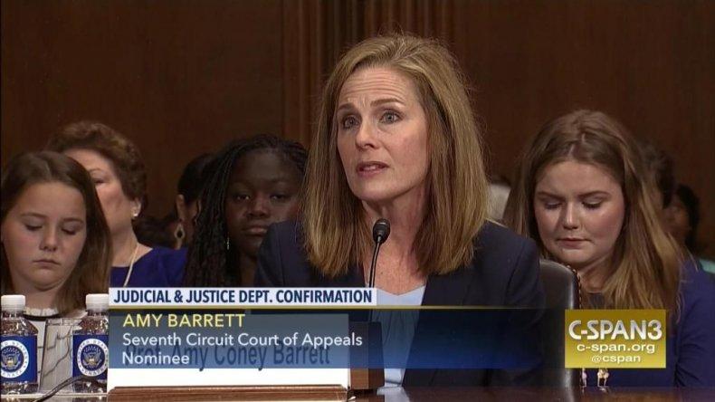 Amy Coney Barrett phát biểu trong phiên điều trần xác nhận của Thượng viện cho vị trí Tòa phúc thẩm thứ 7 hồi tháng 9/2017 - Ảnh: C-SPAN