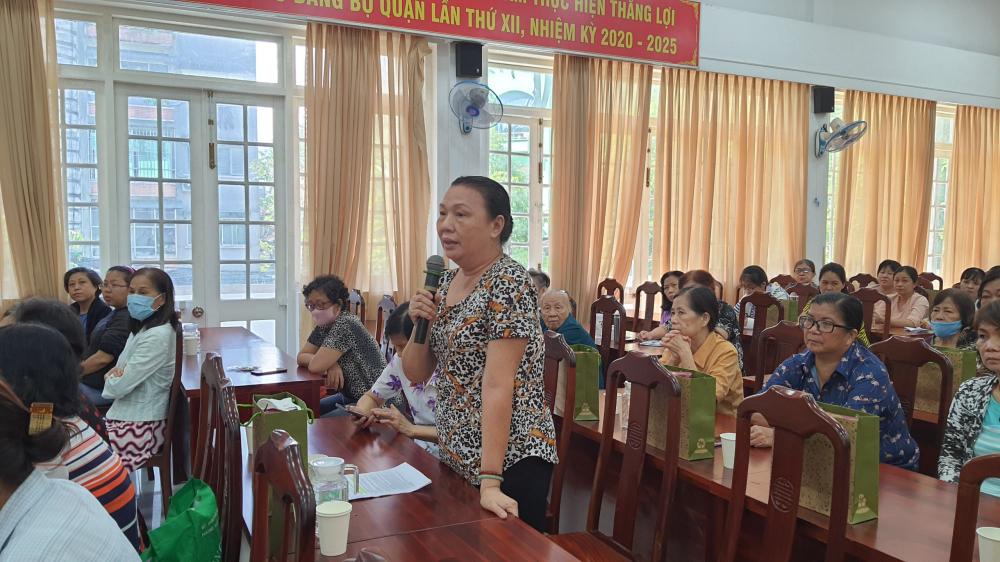 Với sự vận động của Hội, nhiều phụ nữ dân tộc tại quận 5 đã đóng góp rất nhiều cho công tác Hội và phong trào phụ nữ.
