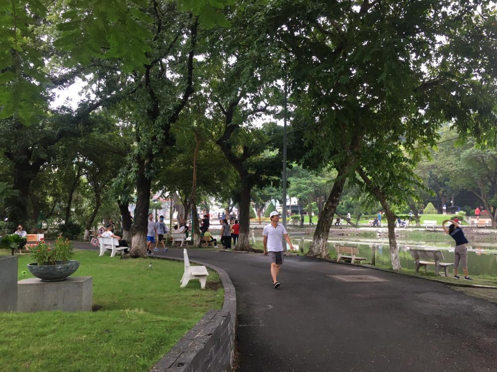 Công viên là nơi lý tưởng để chạy bộ