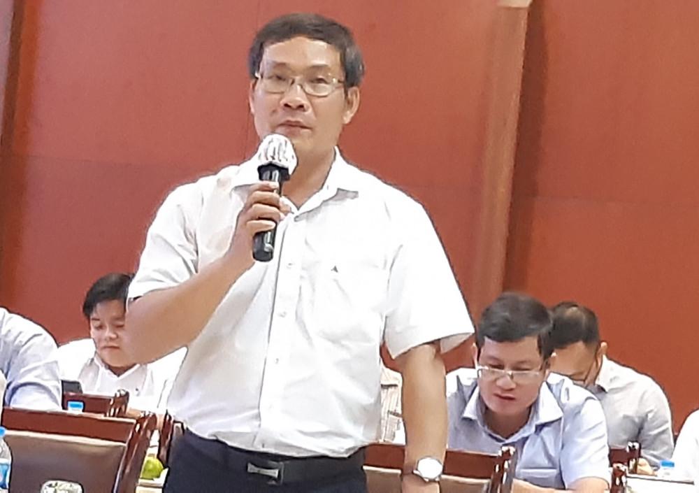 Ông Bùi Trung Kiên trao đổi với báo chí về hoạt động ngành điện thành phố tính đến tháng 9 năm 2020