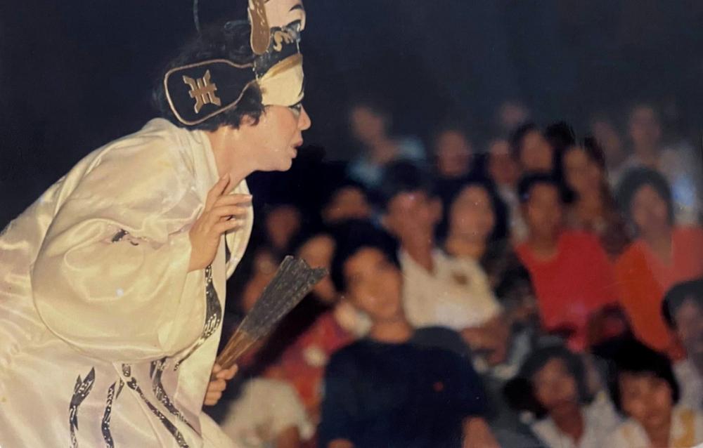 NSND Bạch Tuyết trong tác phẩm Diễn kịch một mình của tác giả Lê Duy Hạnh, đạo diễn Hồng Phúc ảnh: nS Minh Châu