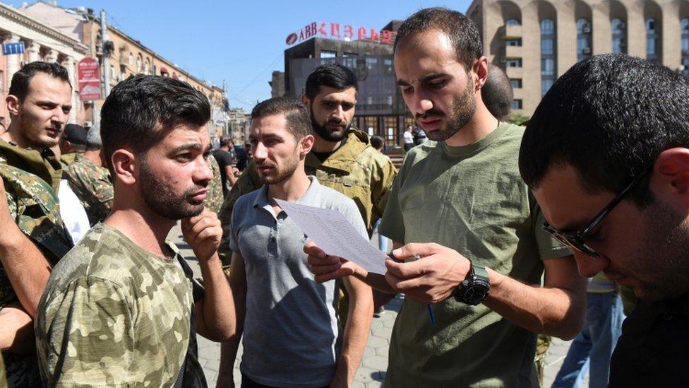 Armenia thông báo đã tiến hành tổng động viên - Ảnh: BBC/Getty Images