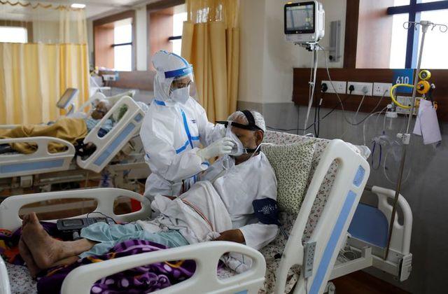 Gần 1 triệu người chết vì COVID-19 trên toàn cầu.