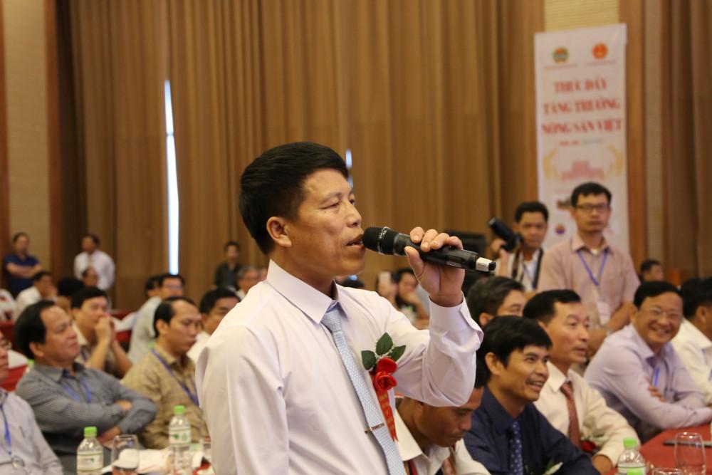 Ông Đỗ Quý Toán (trú tại xã Ea Na, huyện Krông Ana, tỉnh Đắk Lắk) đặt câu hỏi với Thủ tướng