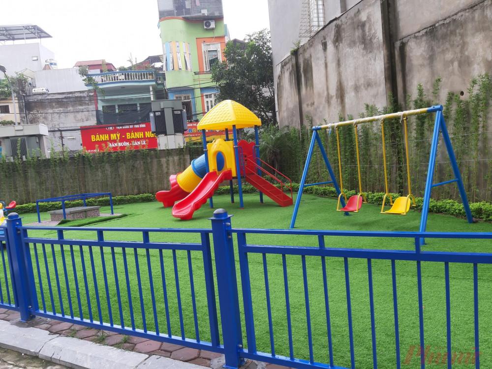 Cầu trượt nơi cháu bé bị ngã gãy tay